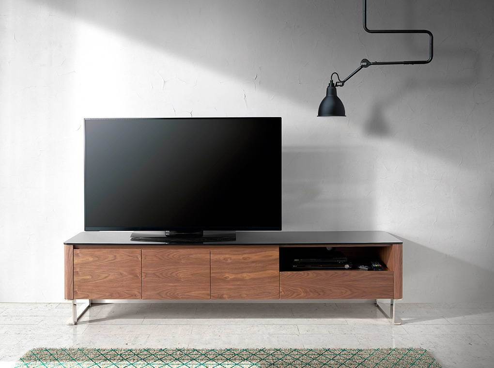 meuble tv en noyer plaqu avec plateau en verre tremp noir mobilier design angel cerd. Black Bedroom Furniture Sets. Home Design Ideas