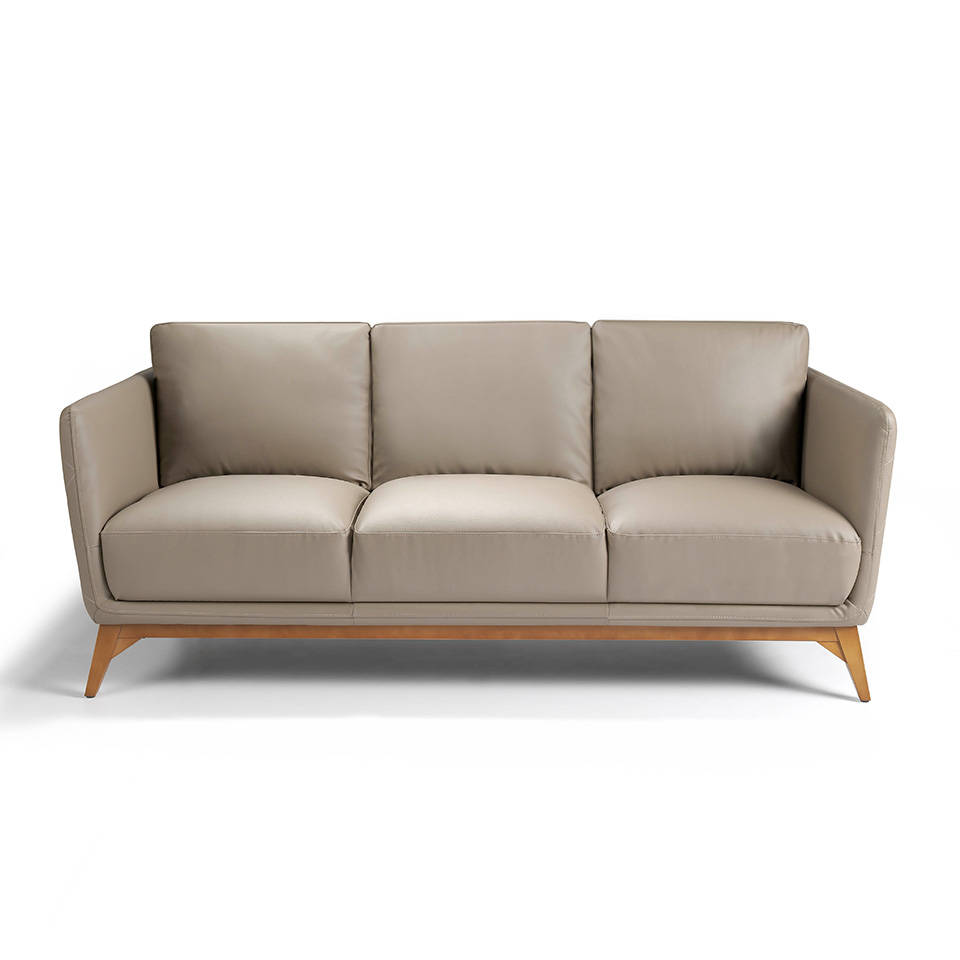 3-seater sofa upholstered in leather with Walnut wood legs