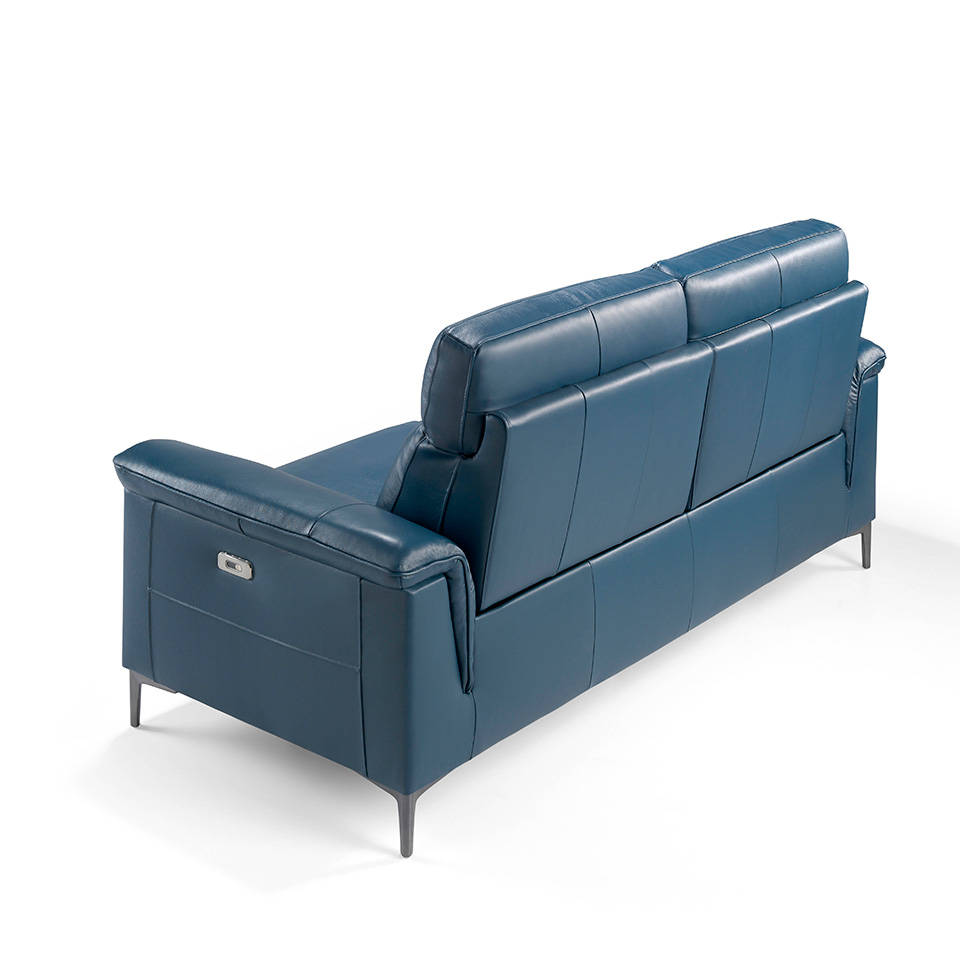 Sofá 3 plazas tapizado en piel con 2 mecanismos relax eléctricos y patas de acero inoxidable