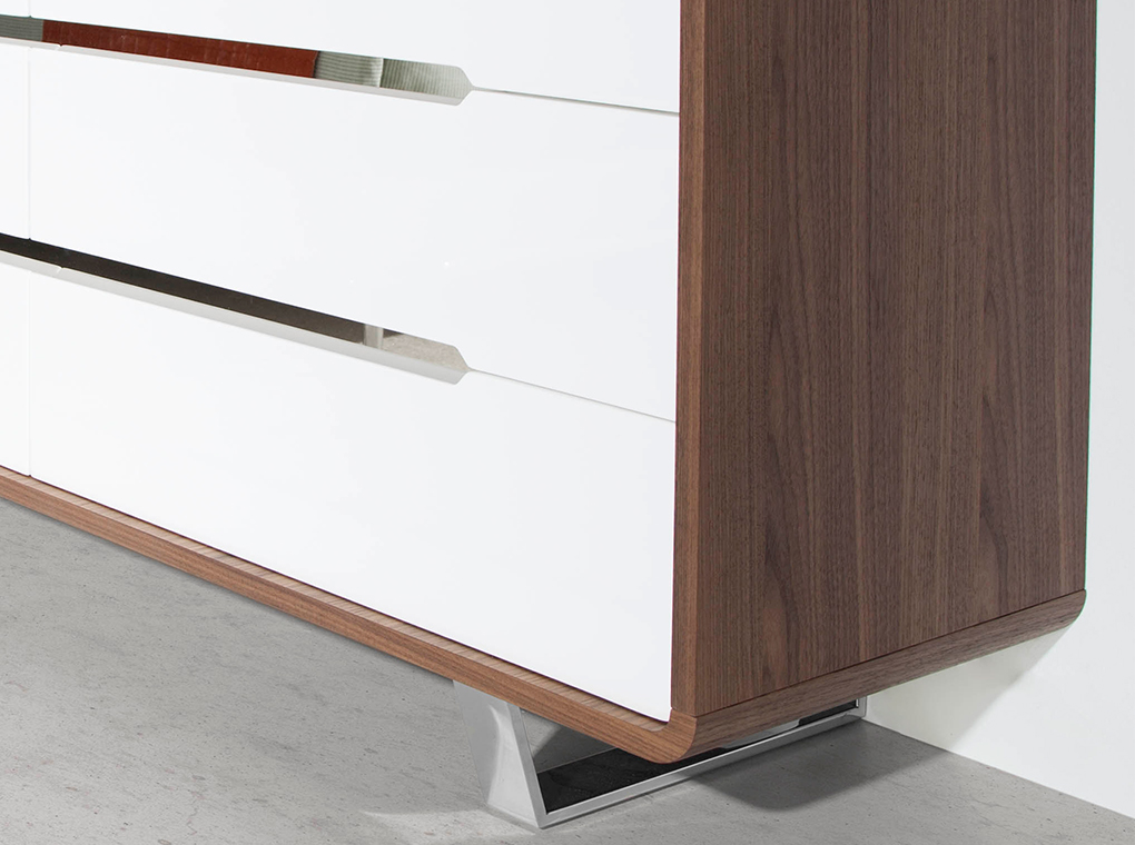 Walnut wood chest of drawers with white drawers and chrome steel