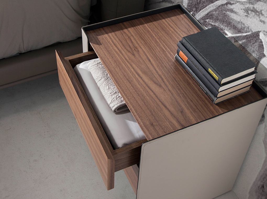 Bedisde table walnut wood and recycled leather