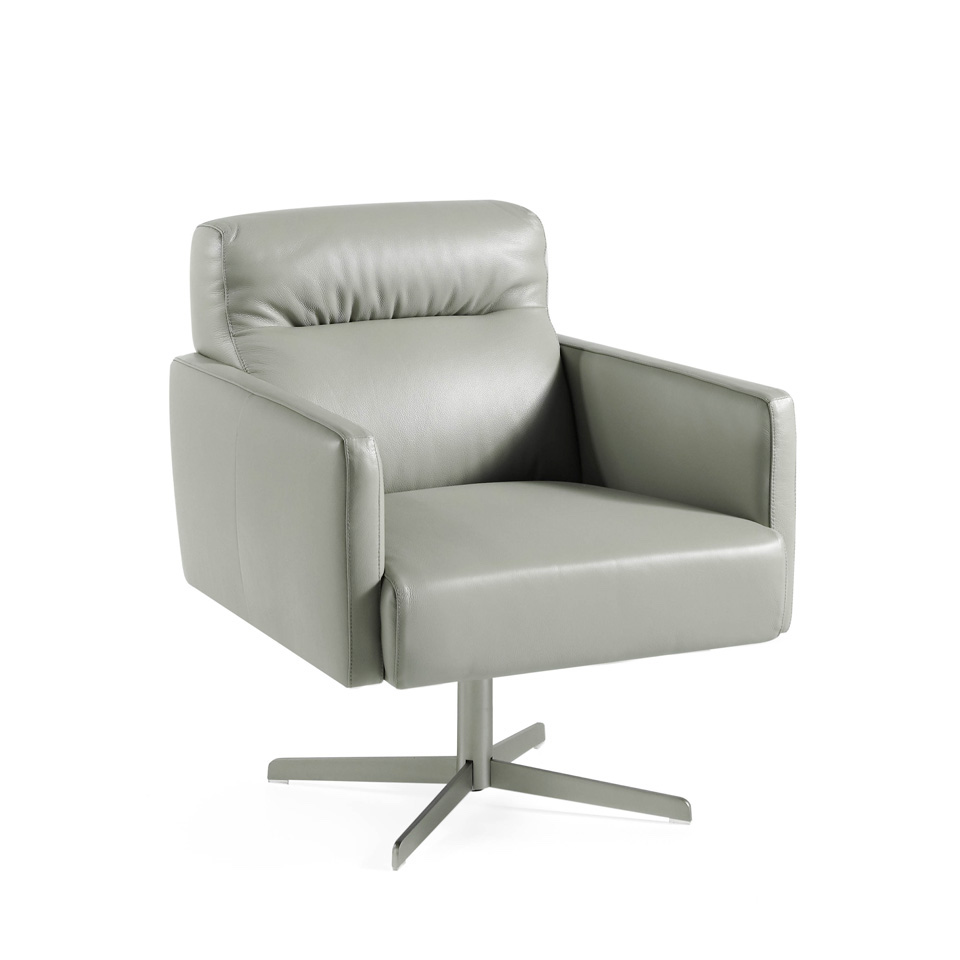 Swivel armchair upholstered in leather