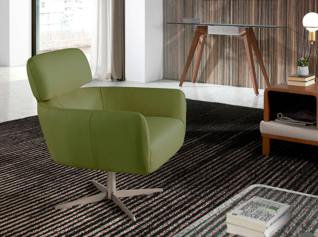 Sillón giratorio tapizado en polipiel con patas de acero inoxidable