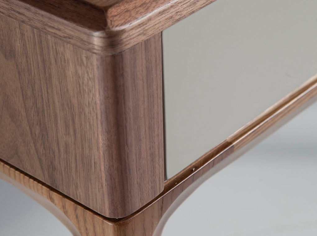 Hallway console with solid wooden legs and a walnut veneer structure