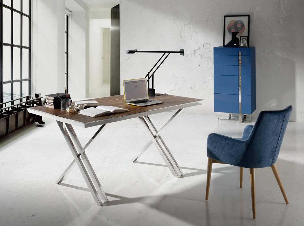 Mesa de oficina con estructura de acero inoxidable