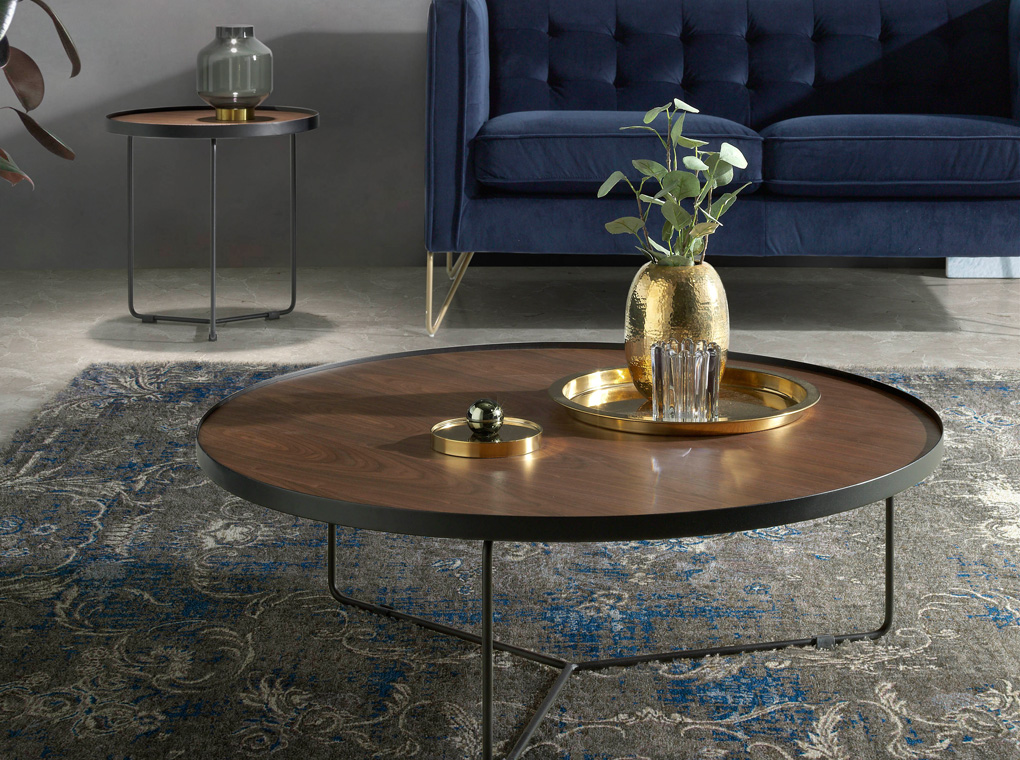 Centre table with a metallic structure and Walnut cover.
