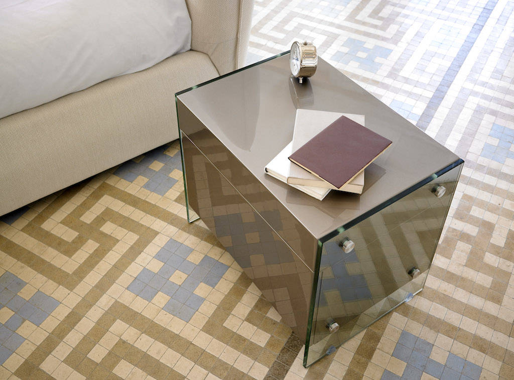 Lacquered Mdf night table with tempered glass sides