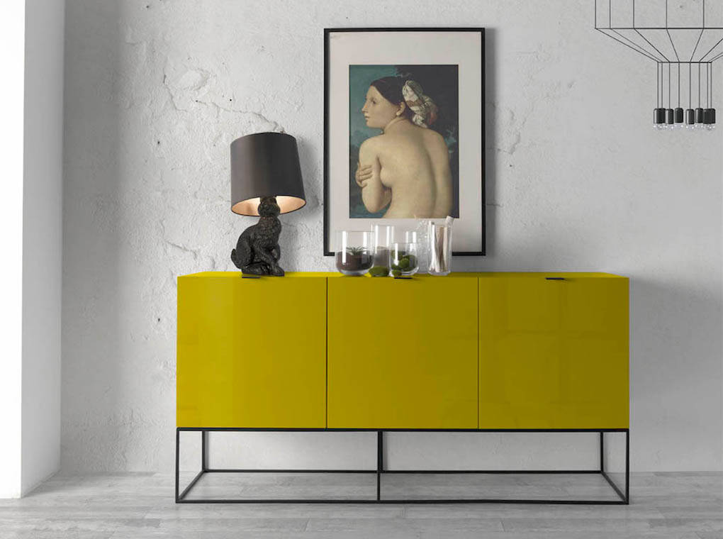 Sideboard in lacquered Mdf with black steel frame