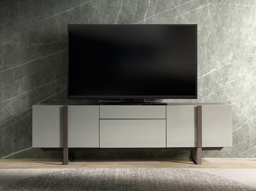 TV Unit in lacquered Mdf with black steel frame
