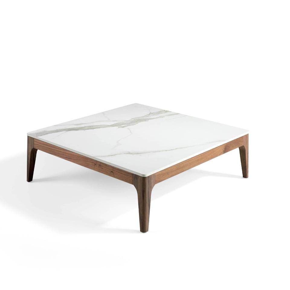 Mesa de centro cuadrada fabricada en madera maciza chapada en nogal