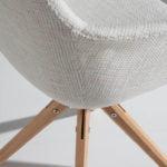 Silla giratoria con patas de madera maciza de fresno