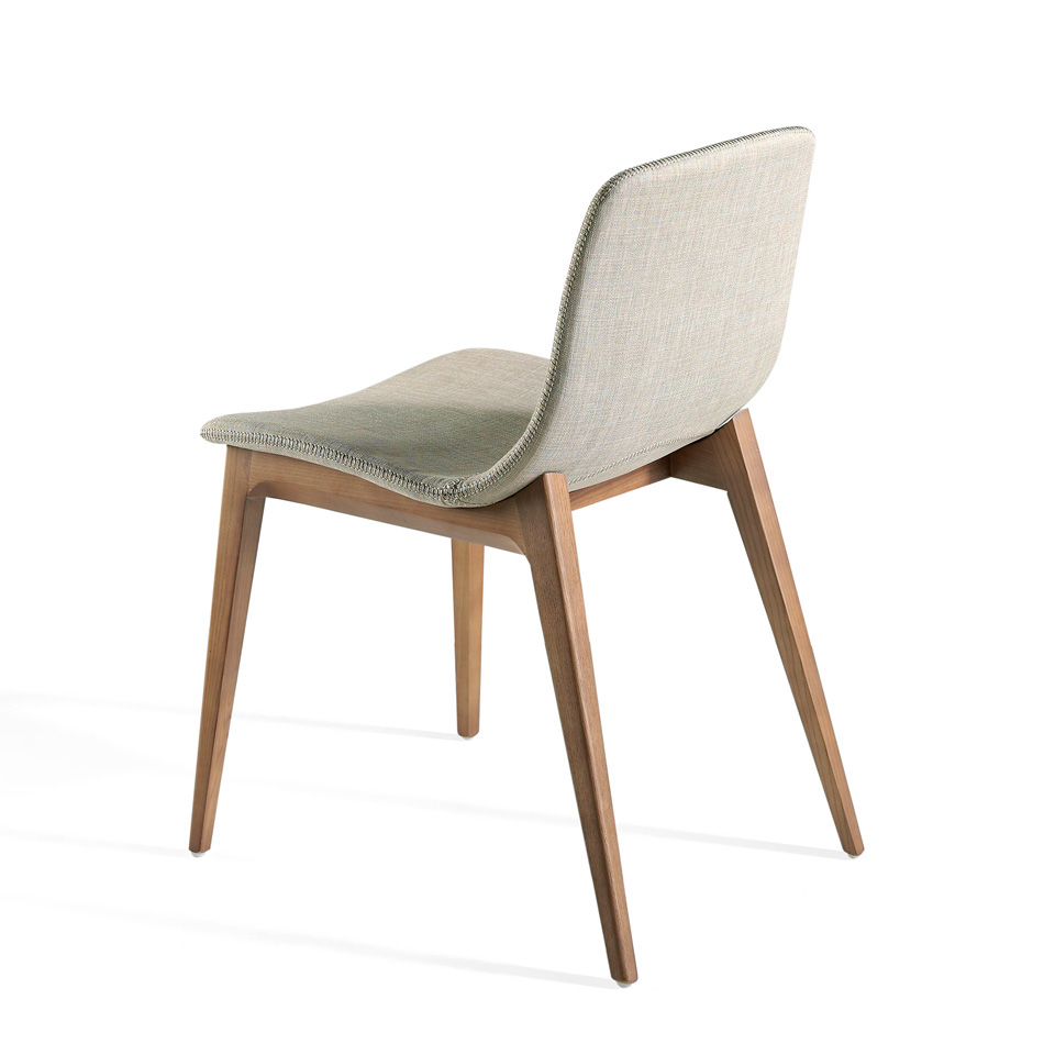 Chair in walnut veneered wood and upholstered seat