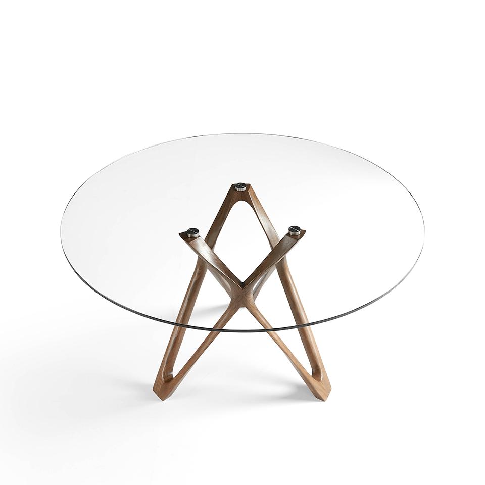 table manger en bois massif incurv couleur noyer avec. Black Bedroom Furniture Sets. Home Design Ideas