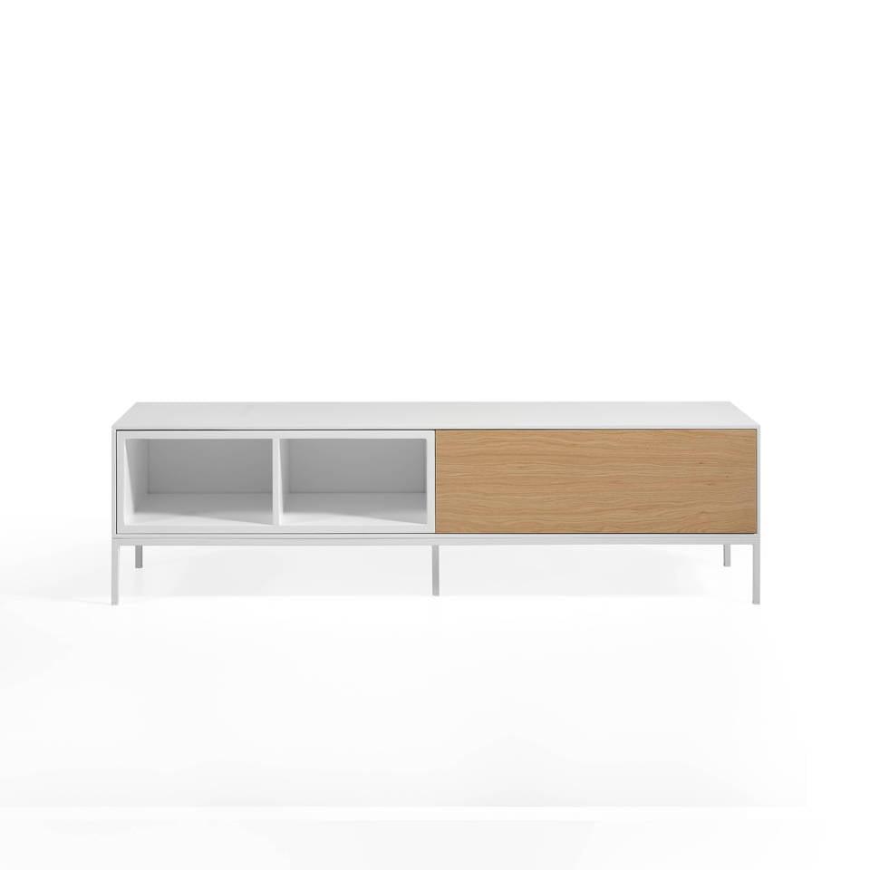 Mueble TV estructura metálica con 2 estantes lacados y frontal de roble