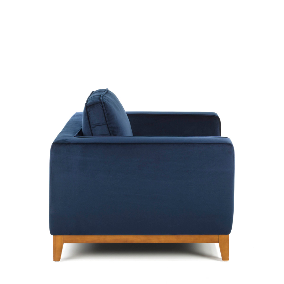 Armchair with legs in wood upholstered in velvet effect fabric