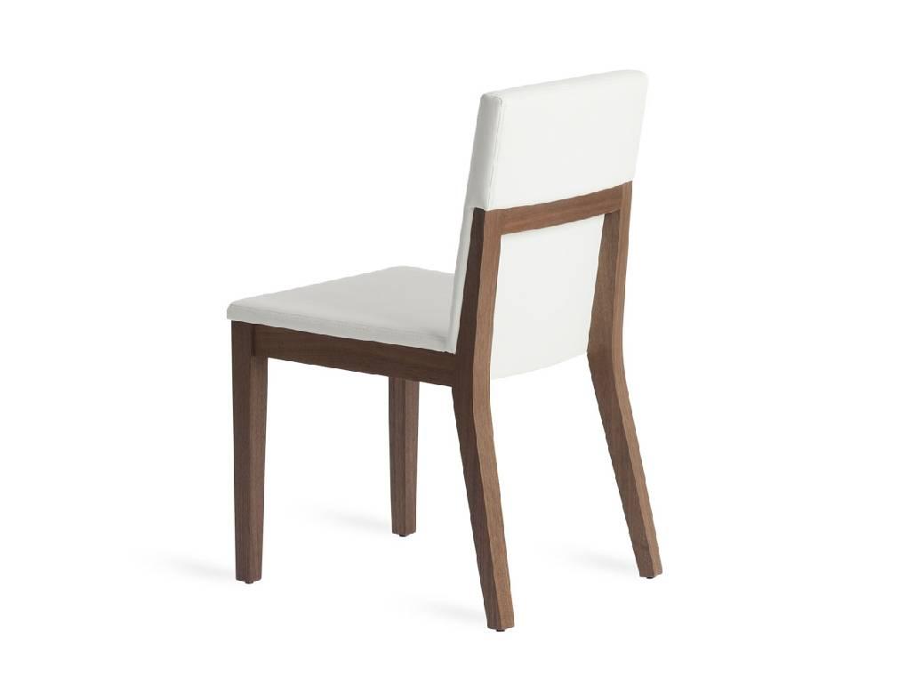 chaise en noyer plaqu avec assise rembourr e mobilier design angel cerd. Black Bedroom Furniture Sets. Home Design Ideas