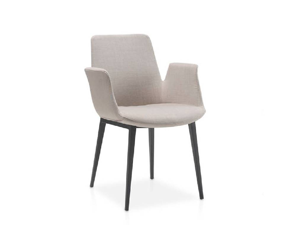 Chair upholstered in cloth with a steel structure