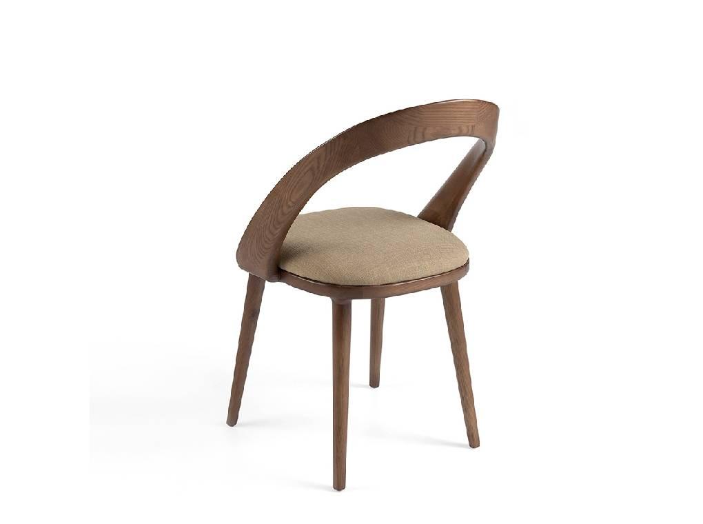 Silla de madera maciza de fresno con asiento tapizado en tela